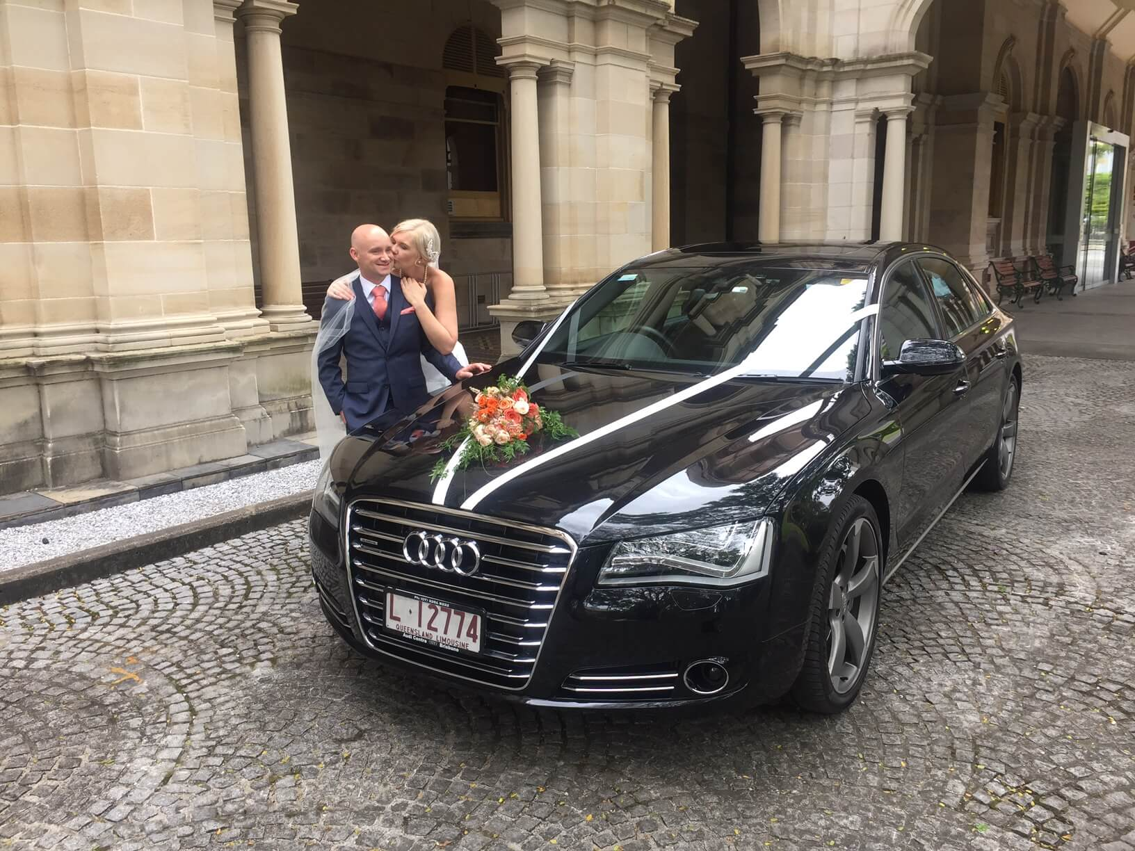 milimo - Audi A8L Slideshow - Chauffeured Car Service