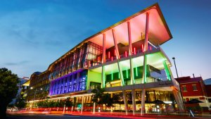 Convention Center milimo Brisbane limo Car Hire Transfers