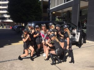 Hens Party milimo Brisbane limo Car Hire Transfers