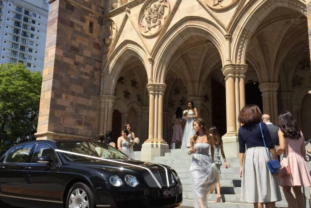 St John's Cathedral milimo Brisbane limo Car Hire Transfers